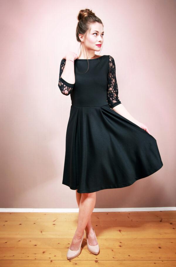 Festliches Kleid Camille mit Rückenausschnitt nachtblau
