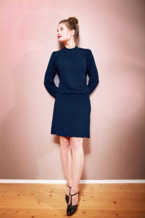 Elegantes Kleid Anais mit Stehkragen marineblau